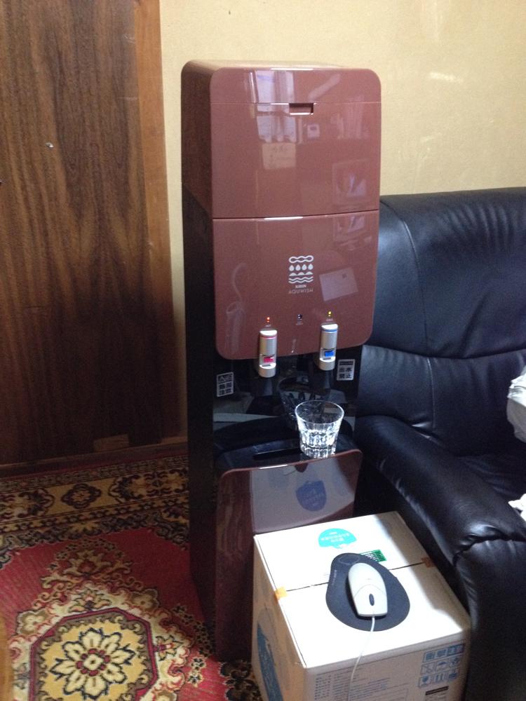 AQWISH_サーバーと水の箱