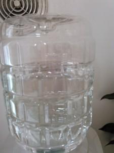水が減ったボトル